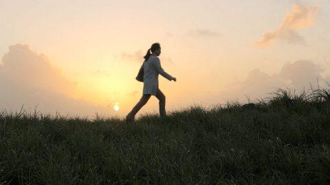 步步惊险,她被逼走上了逃亡路